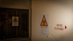 Danger Biologique : Sonnez et entrez !