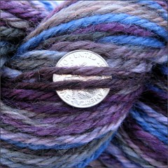Sonnet and Lute yarn, close up