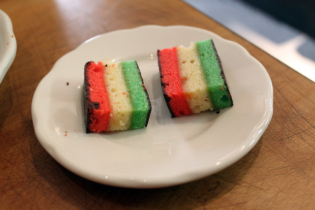 2 rainbow cookies