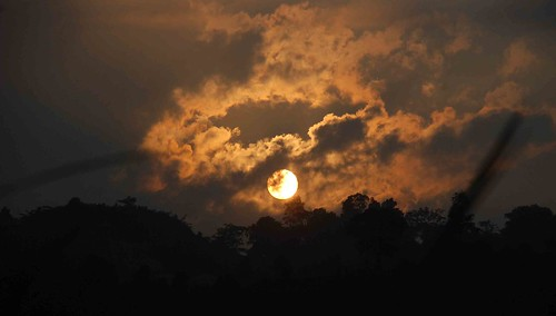 aizawl goldensky mizoram tanhril northeastner rupaiabawkturning tanhrilskyline sunsetovertanhril
