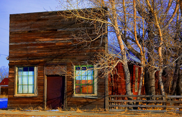 Old West False Front Buildings http://www.flickr.com/photos/colonial1637/4307248345/