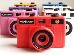Holga 135BC Red