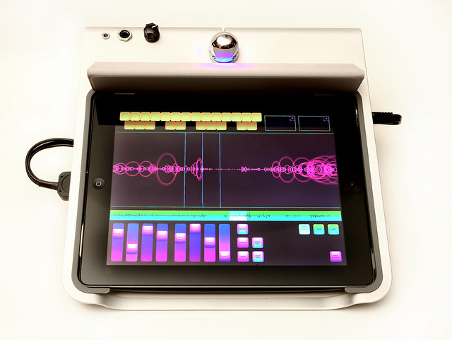 iPad Music Desk