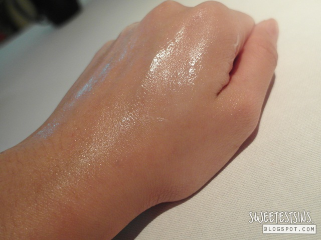blackpaint water cream swatch