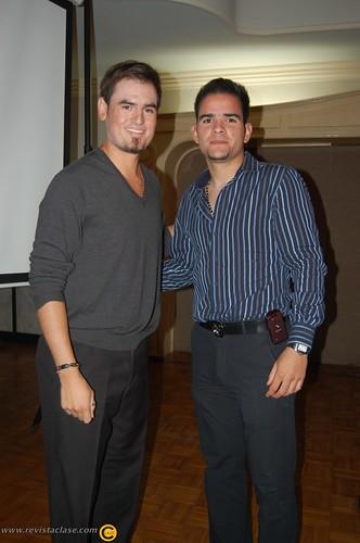 Los beisbolistas profesionales Jorge Cantú y Jaime García recibieron ...