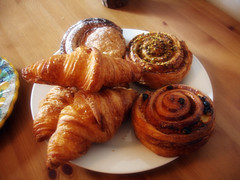 meal(0.0), produce(0.0), dessert(0.0), breakfast(1.0), baked goods(1.0), food(1.0), viennoiserie(1.0), dish(1.0), cuisine(1.0), danish pastry(1.0), croissant(1.0),