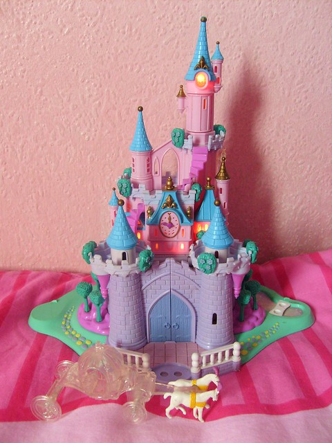 Polly Pocket DISNEY Cinderella Enchanted Castle