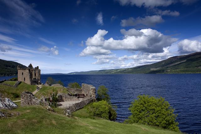 Bezienswaardigheden Schotland Top 10 - Nr 2 Loch Ness (meer) en Urquhart Castle