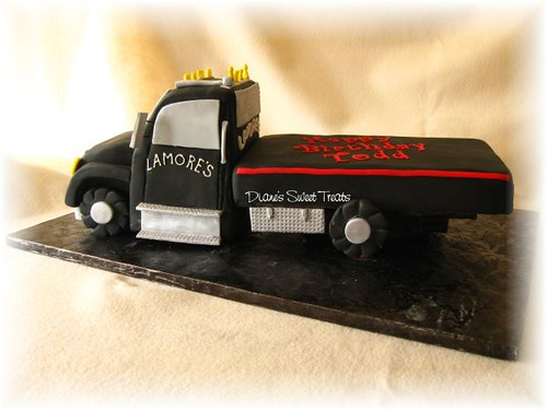 tow truck cake