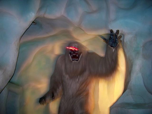 4030253131 77af431f20 z jpgAbominable Snowman Matterhorn