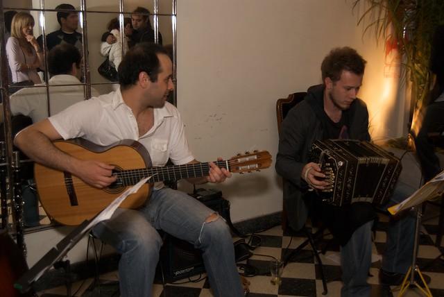 Header of Tango music