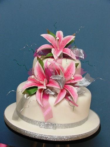 Wedding Cakes Lily White (2 tier small) | Merivale cakes ...
