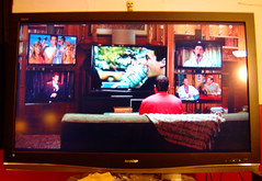20091115 - GEDC0872 - our TV on TV (Funny People)