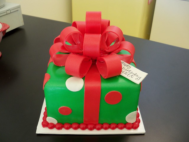 Christmas present cake Flickr - Photo Sharing!