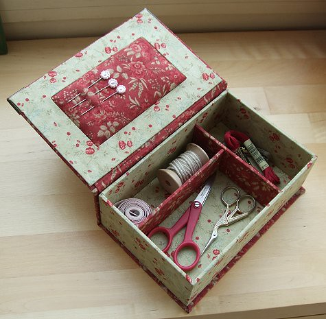 Fabric covered sexing box