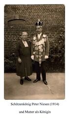 1914, Schützenkönig Peter Niesen, Mutter Wilhelmine als Königin, SW017