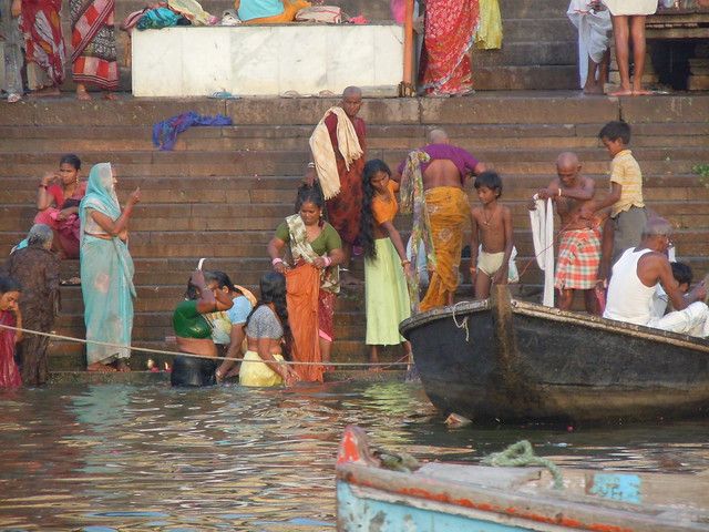 Ganga River Bath Ritual bathing in the ...
