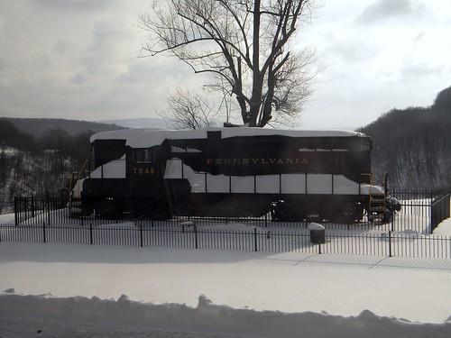 winter railroadequipment transportation pennsylvaniarailroad amtrakviews pennsylvania