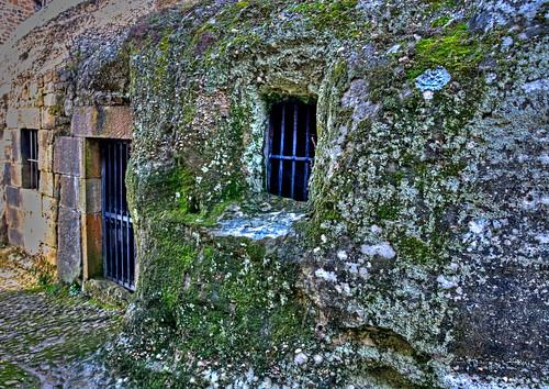 Iglesia rupestre Campo de Ebro