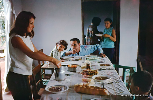 people film 35mm table lunch photo 1971 time iii grandfather slide epson asuncion paraguay 1970 v600 yashica perfection minister yashicaministeriii epsonv600 epsonperfectionv600photo aldorafaelaltamirano rafaelaltamirano aldoraltamirano