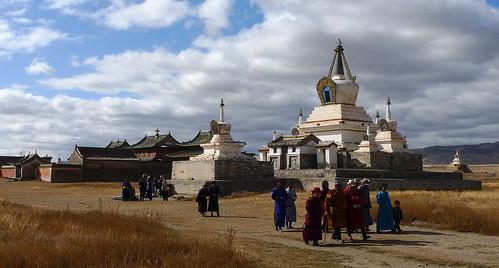 temple pagoda stupa buddhism mongolia monastery monasterio templo kloster tempel mongol mongolie pagode mongolei buddhismus buddhismo karakorum kharkhorin arkhangai buddismo klasztor монгол монголулс хархорин mongolya buddhizm mongoluls xarxorin монголия архангай mogolistan archangaj jarjorin charchorin