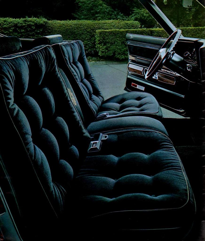 '73 Olds Ninety-Eight Regency interior
