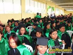 Graduación escuela Vocacional Moca