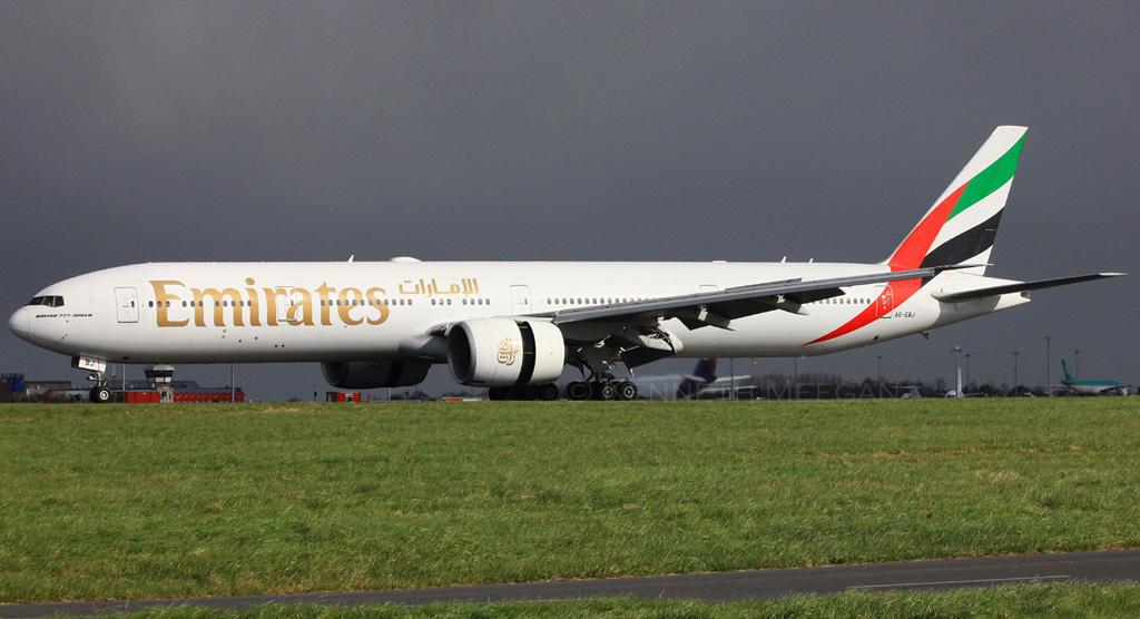 A6-EBJ - B77W - Emirates