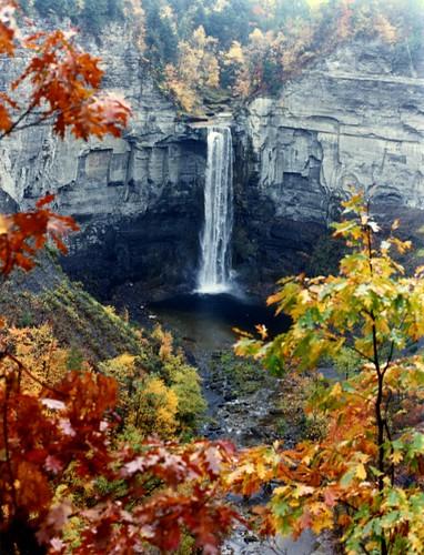 Taughannock Falls, autumn