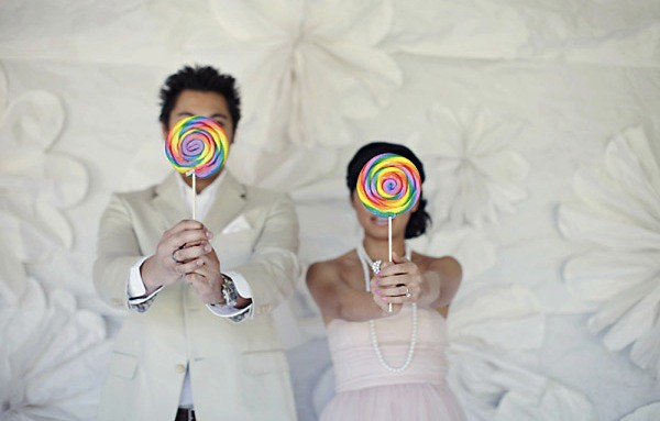 Lollipop Engagement Photo Shoot-Kim Le-Style Me Pretty