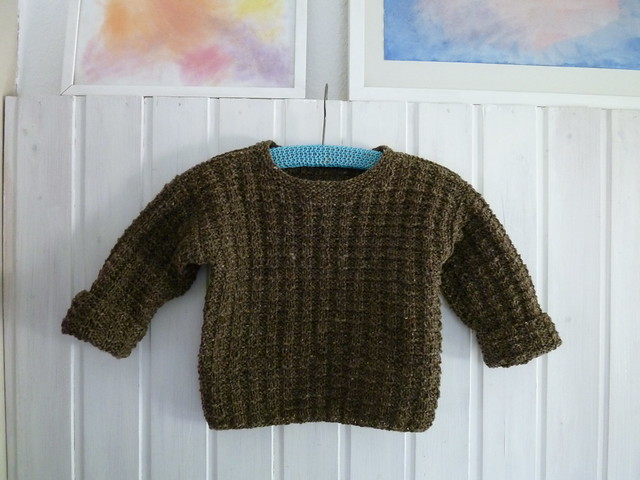 Sweater for outdoor playing - size 3 years