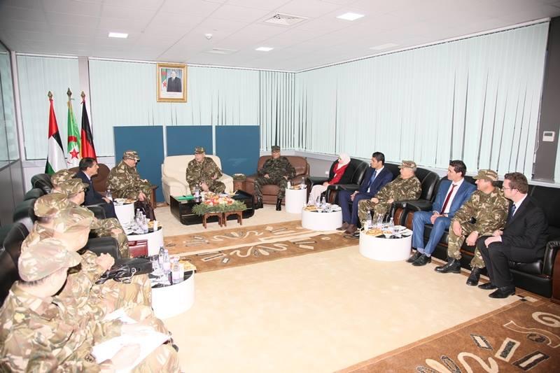 الصناعة العسكرية الجزائرية ... مدرعات ( فوكس 2 ) - صفحة 6 32282625994_2e527abf31_o