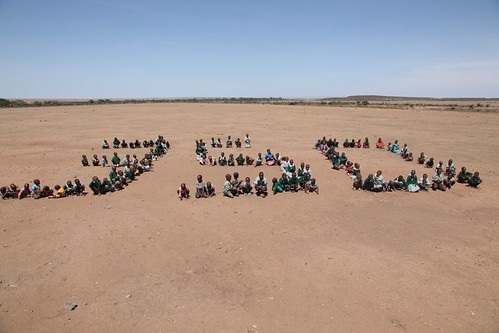 Children in Maasai Mara Kenya call for 350