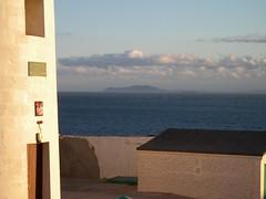 Gibraltar: light to Africa DSCN1973