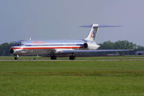 American Airlines McDonnell-Douglas MD-82 N574AA