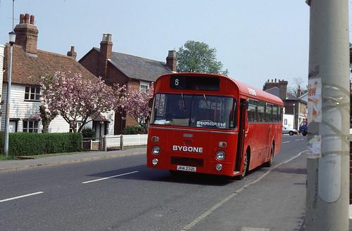 Bygone bus Marden