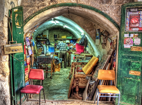 man geotagged israel ancient jerusalem workshop oldcity geo:lat=3178113 geo:lon=35233966
