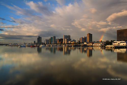 sky reflection bay rainbow cityscape yacht philippines manila manilabay baywalk ccp philippine ncr roxasboulevard harborsquare culturalcenterofthephilippines pasaycity harboursquare manilayachtclub nationalcapitalregion perfectescapes philippinenavyheadquarters