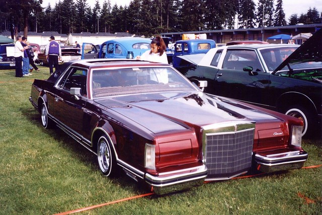 lowrider lincoln continential flickr photo sharing. Black Bedroom Furniture Sets. Home Design Ideas