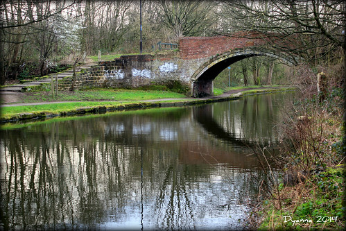 water canon reflections march canal spring peaceful bridgewatercanal 2014 nortonpriory canoneos550d yahoo:yourpictures=curves