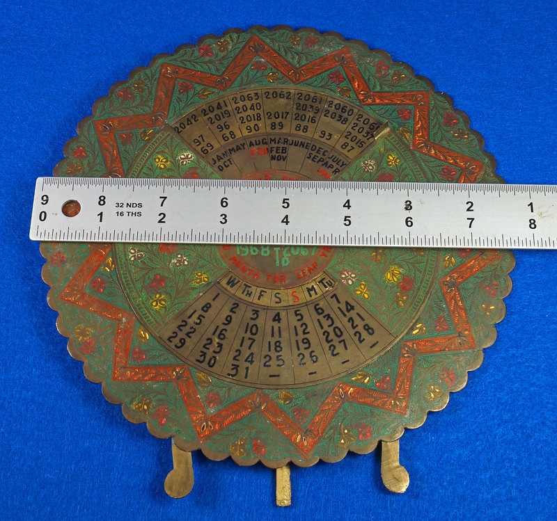 RD15284 Vintage Enameled Brass Perpetual Desk Calendar 100 Years 1968 - 2067 Circular with Stand DSC09017