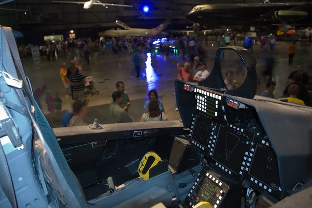 22 Cockpit  F 22 Cockpit