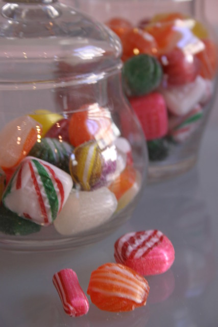 How to Make Old-Fashioned Hard Glass Candy - Yahoo! Voices