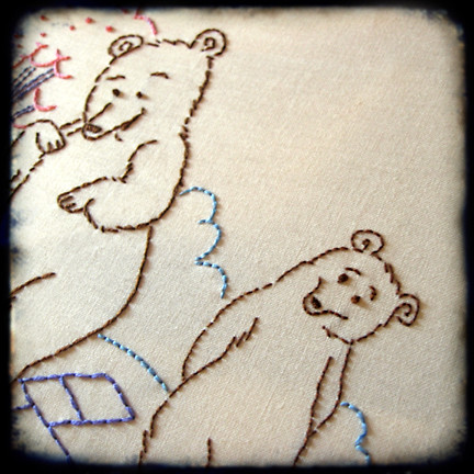 bears closeup ttv embroidered by isewcute