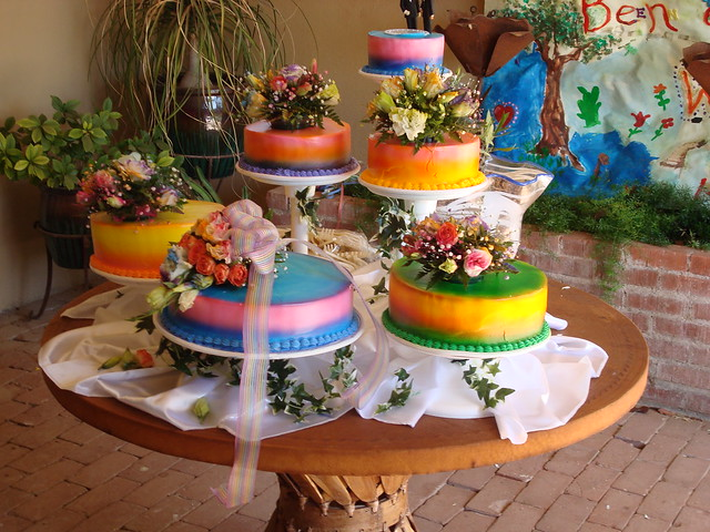 rainbow wedding cakes in Nogales | lemon, chocolate, carrot ...