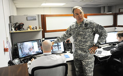 Recruiting officer urges APG, RDECOM to share Army's high-tech message
