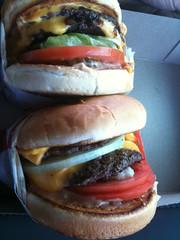 produce(0.0), whopper(0.0), breakfast sandwich(0.0), sandwich(1.0), meal(1.0), lunch(1.0), hamburger(1.0), slider(1.0), veggie burger(1.0), food(1.0), dish(1.0), big mac(1.0), fast food(1.0), cheeseburger(1.0),