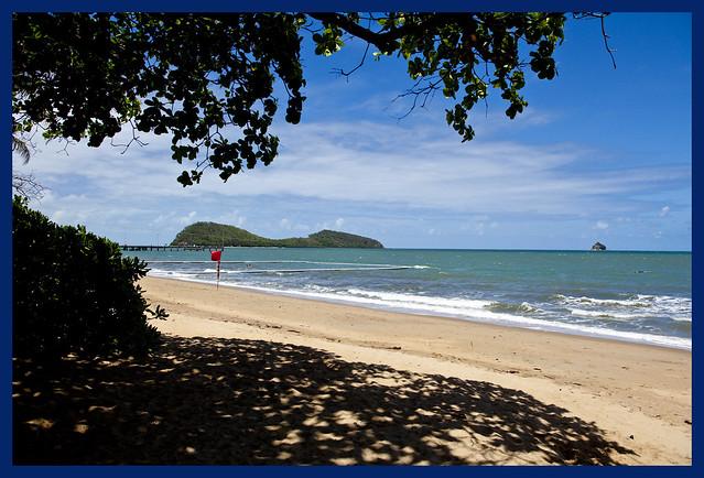 Cairns Clifton Beach T...