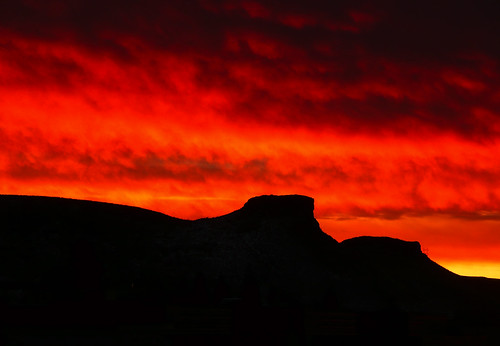morning crimson silhouette clouds sunrise fire project365 southtablemountain