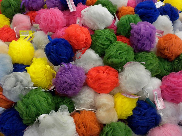 Rainbow Snow Balls | Flickr - Photo Sharing!: www.flickr.com/photos/19779889@N00/4306632501